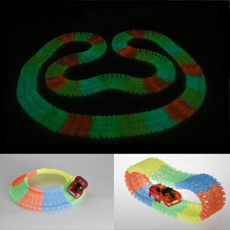 LED-lampor Bilar för magiska spår Elektronik Billeksaker med - Bilar och fordon - Foto 2