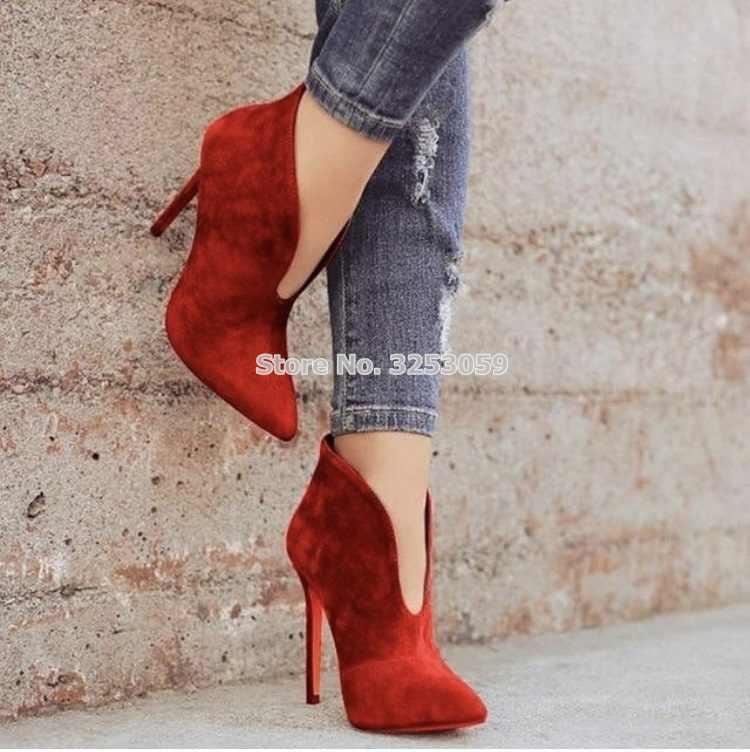 ALMUDENA Mùa Thu Mới Nhất Red Màu Be Da Lộn Màu Đen V Hình Dạng Cắt Mắt Cá Chân Khởi Động Stiletto Gót Thiết Kế Ăn Mặc Khởi Động Xe Gắn Máy Giày Đấu Sĩ