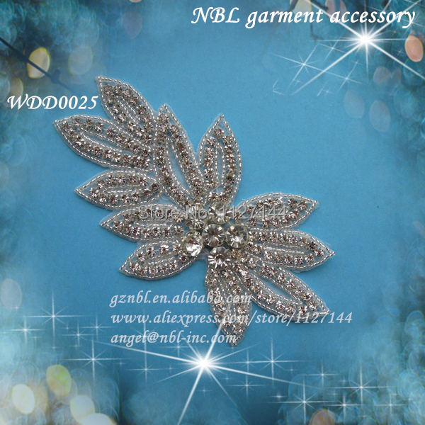 30PCS Wholesale bridal beaded sewing flower rhinestone applique patch iron on for wedding evening dress