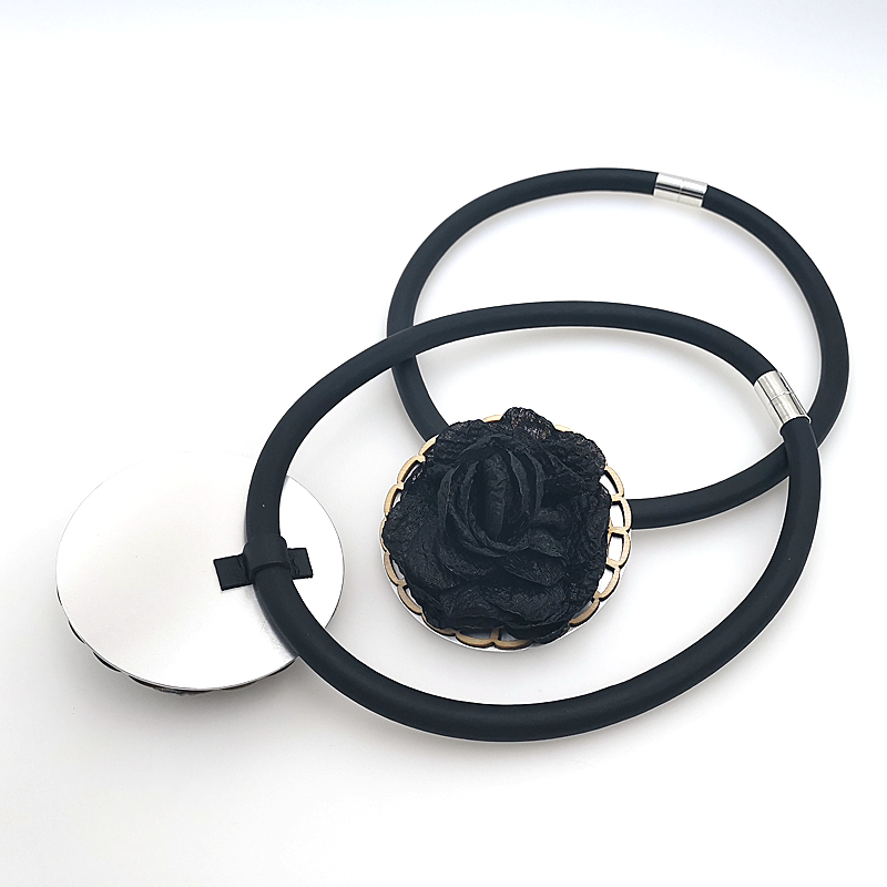 Купить с кэшбэком YD&YDBZ New Fashion Flower Pendant Necklace High Quality Handmade Womens Necklaces Jewelry Classic Round Big Flower Design