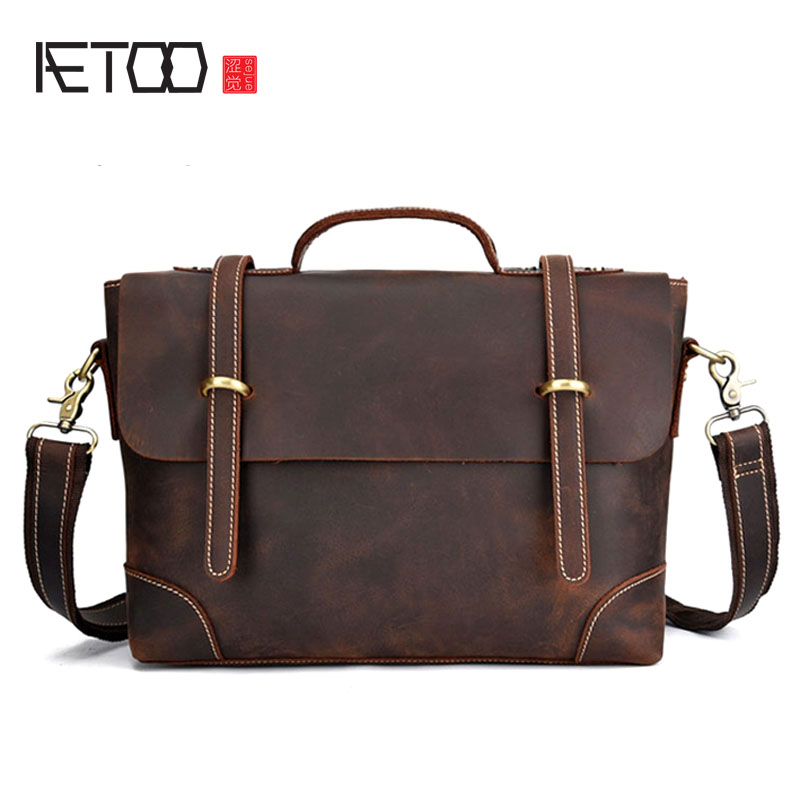 AETOO One-shoulder slanting European and American tide bag Crazy horse leather shoulder bag leather retro male bag casual postma