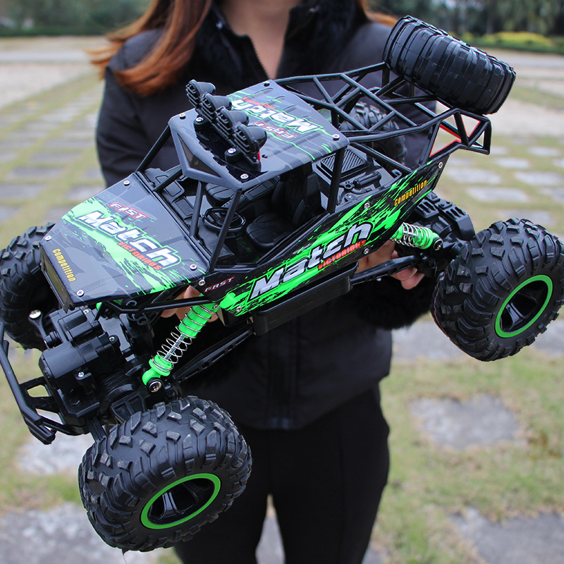 1/12 RC Double Motors Drive Bigfoot Car Off-Road Vehicle With Light 4WD Rock Crawlers 4x4 Driving Car  2.4Ghz Electric Toys willys jeep 1 10