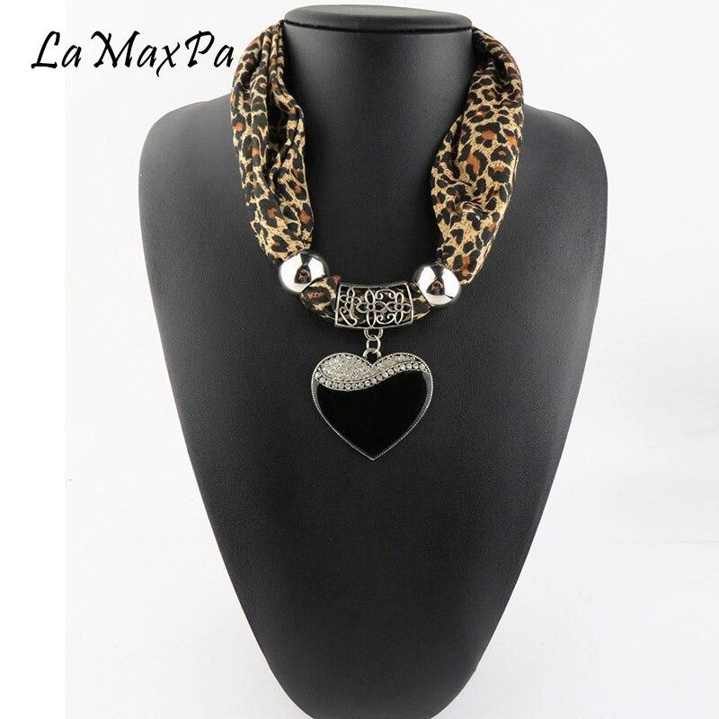 LaMaxPa New Design Women Scarf Jewelry Pendant Scarf Femme Elegant Jewelry Echarpe Vrouwen Grace Sjaals Mujer Colgante Bufanda