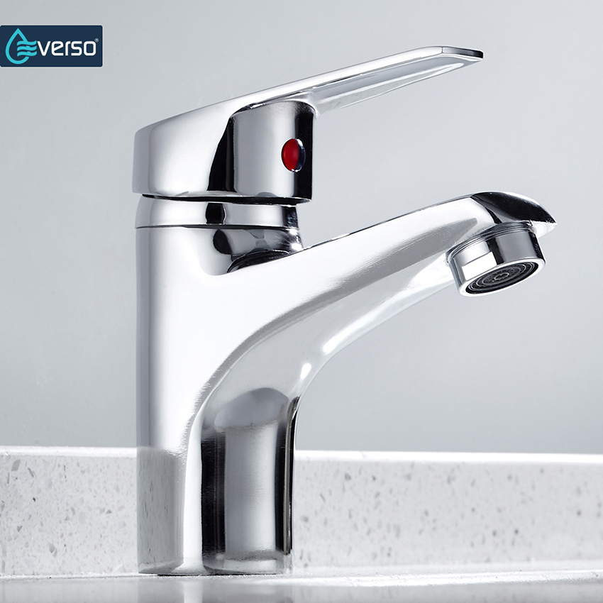 Best sale Bathroom Basin Sink Faucet Chrome Single Handle Kitchen Tap Faucet Mixer hot and cold water hose Chrome Finished