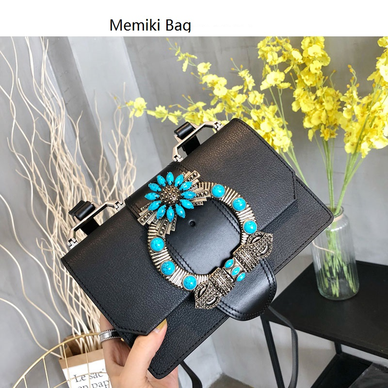 HOT summer 2018 fashion women genuine leather pearl sequined diamonds shoulder bag mini flap high quality