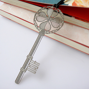 Free Shipping Silver Color 4 Petal Lucky Leaf Key Pendant Stainless Steel Stationery Bookmark Book Mark Gift Y011