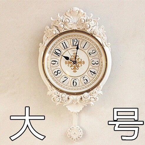 Charmant Dekoration Kunst Quarz Uhren Luxus Europäischen Stil Wohnzimmer Wanduhr  Kreative Kunst Wanduhr Pendel Harz Garten Stumm