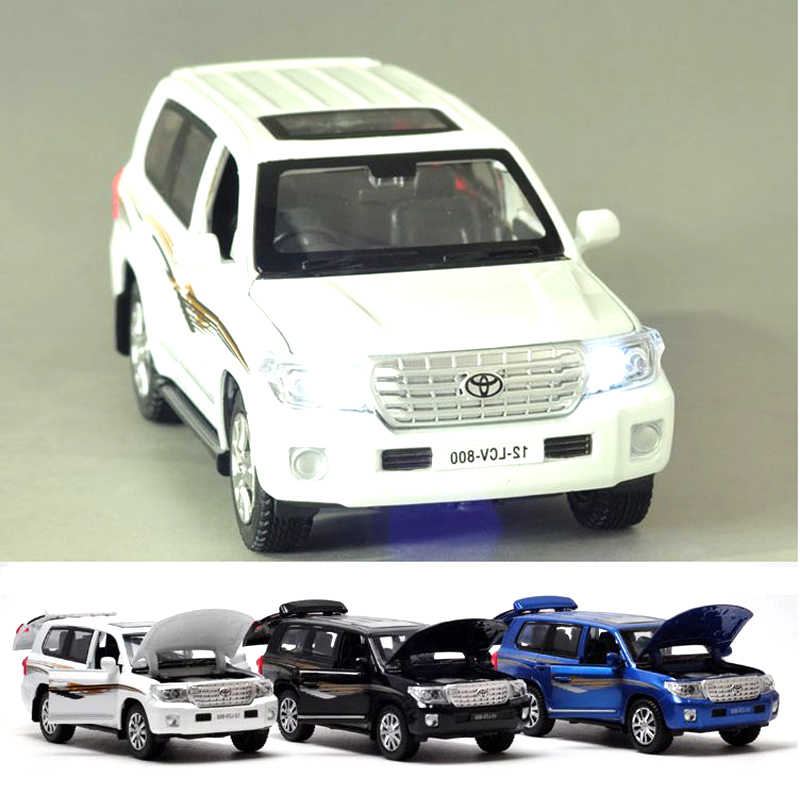 1:32 SUV Land Cruiser Alloy Car Models 4 Open Door Pull Back Light Music Toyota Metal Vehicle Car Toys For Children Boy Collect