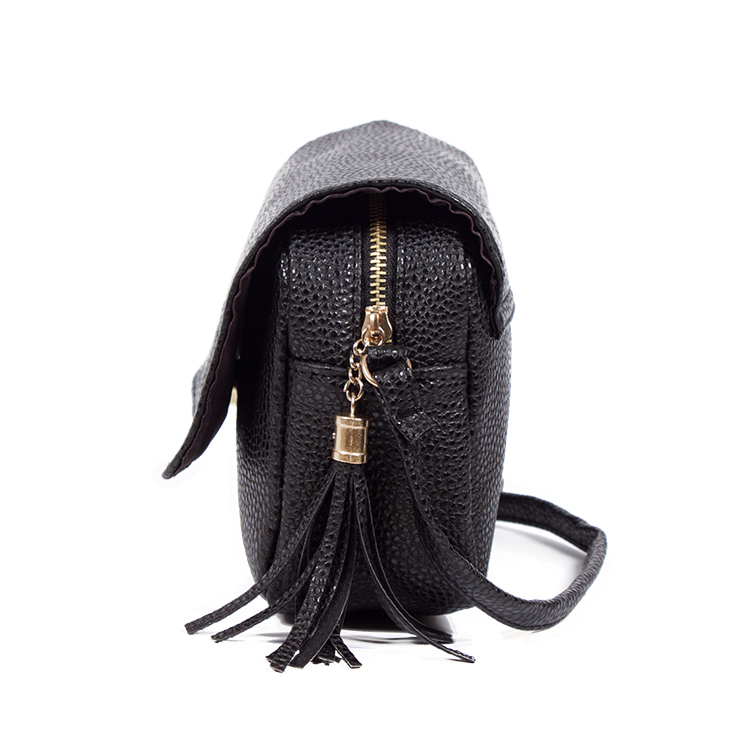 51aed334eb8d Cute Women Bag Leather Luxury Handbags Ladies Black Purse Small Bag Fringe  Cheap Messenger Bag Designer Case Crossbody Bags-in Crossbody Bags from  Luggage ...