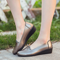 Spring mother soft bottom fashion shoes middle-aged casual comfortable shoes slippery solid color large size flat women's shoes