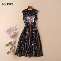 New 2019 Spring Summer Runway Dress High Quality Women Sweetheart Embroidery Sleeveless Mid Calf Length A Line Vintage Dress