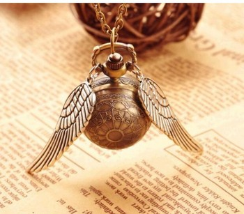 Drop Shipping Elegant Harry Golden Ball Pocket Watch Potter Wings Quartz Watch With Sweater Necklace Chain Watches Gift