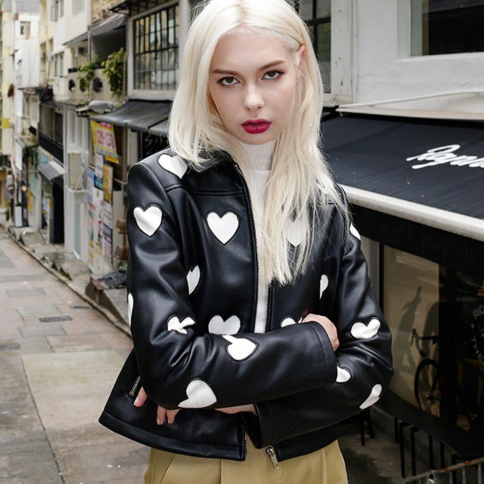 2018 autumn new PU leather jacket women spliced love print pattern coat slim was thin black PU jacket long-sleeved outwear L1127