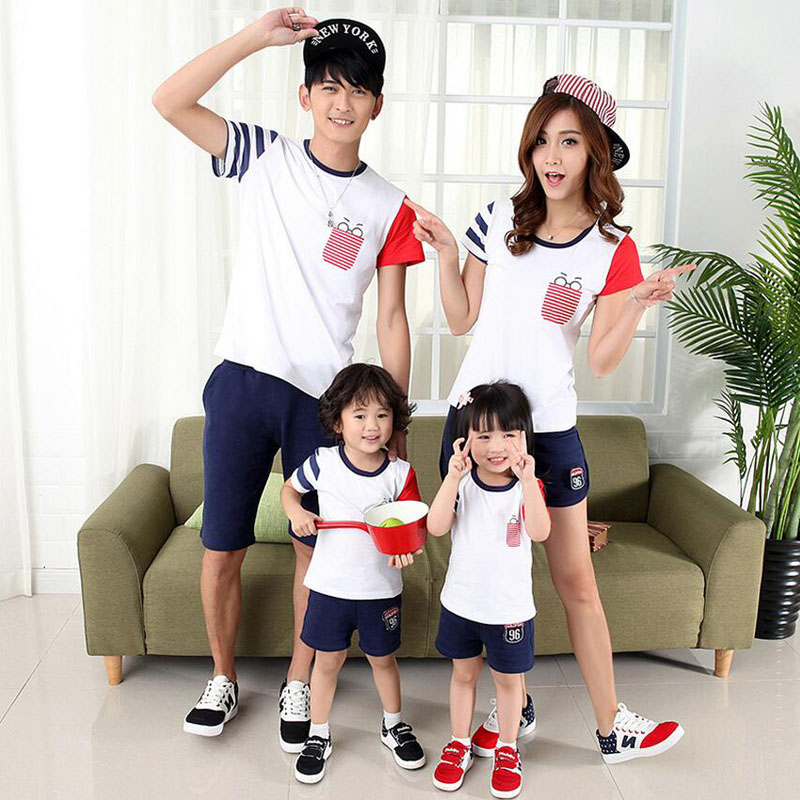 Family Matching Outfits 2019 Summer Mother Daughter Dresses Family Look Cotton Striped Patchwork Father Son T-shirt and pants