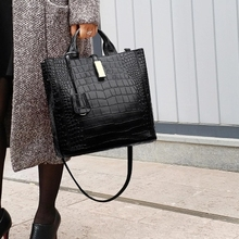 Luxury Bolso Mujer Ladies Brand Leather Handbags Casual Tote Bag Big Shoulder Crossbody Bag For Woman Hot Sale Bolsa Feminina