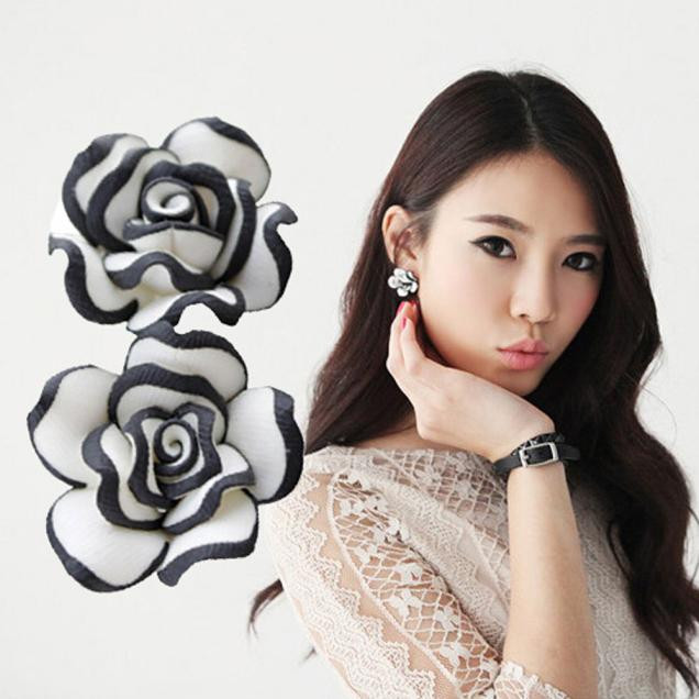 New Fashion Luxury Black White Rose Flower Earrings Elegant Cute Women Lady Girls Earrings Jewelry Gift Hot Selling