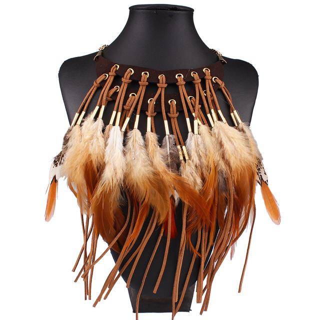 Maxi de la moda 2017 Collar de La Joyería Exagerada Declaración de Plumas Negro Collares y Colgantes Gargantillas Accesorios de Época Gargantilla Nec