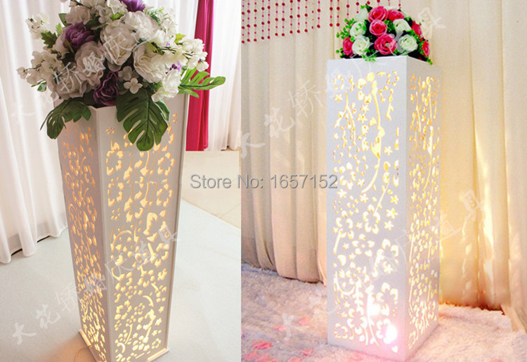 Free shipping 62cmh wedding crystal table centerpiece gold flower wedding carved pillar wedding stand with led light wedding road lead carved hollow flower wedding stage solutioingenieria Images
