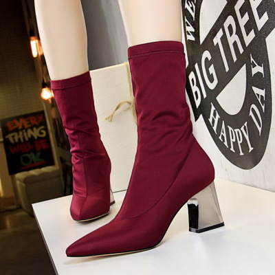 2018 Sleek minimalist metal thick with high heeled pointed sexy nightclub slim elastic Lycra ankle boots