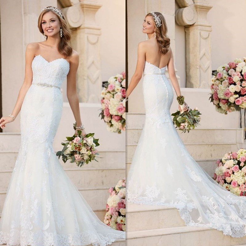 Sweetheart Neckline Sleeveless Mermaid Dress With Beading Belt Backless Button Lace Applique Sweep Train Bridal Wedding Dress