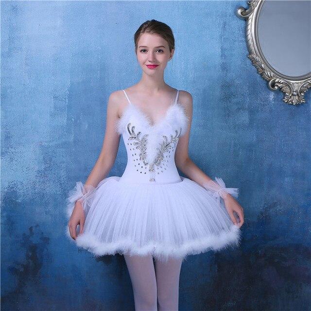 19e5a49dc7 Swan Lake Ballet Vestido Tutu Adulto Ballet Roupas de Dança do sexo feminino  Vestidos de Bailarina