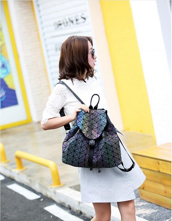 Biseafairy Luminous Backpack Diamond Lattice Bag Travel Geometric Women Fashion Bag Teenage Girl School Noctilucent Backpack 9