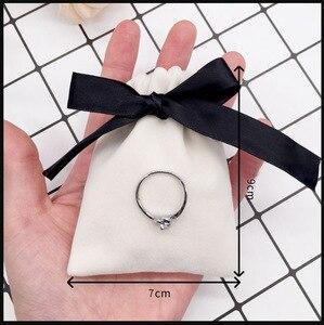 Image 2 - Pochettes cadeau bijoux en velours ruban de 7x9cm, 9x12cm, pack de 50 poches avec logos imprimés, cils, maquillage, rouge à lèvres, cordon