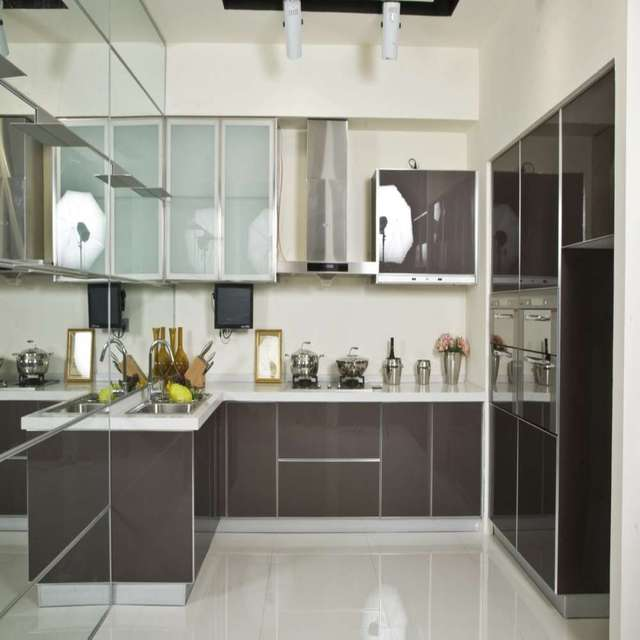 Modern High Gloss Grey Piano Lacquer Kitchen In Kitchen Cabinets