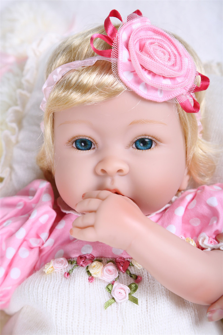 Silicone Reborn Baby Dolls Toy 22 girl princess doll  boneca reborn realista kids birthday giftSilicone Reborn Baby Dolls Toy 22 girl princess doll  boneca reborn realista kids birthday gift
