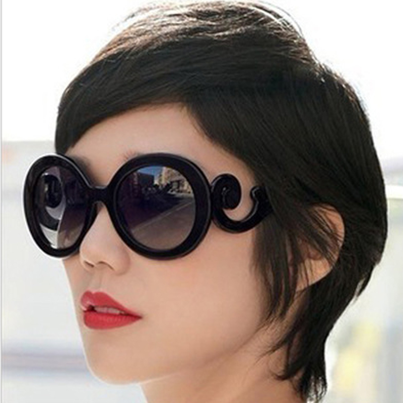 2019 Fashion Oversized Gradient Sunglasses Women Fashion Black Retro Sunglasses for Women High Quality Vintage Lunette De Soleil