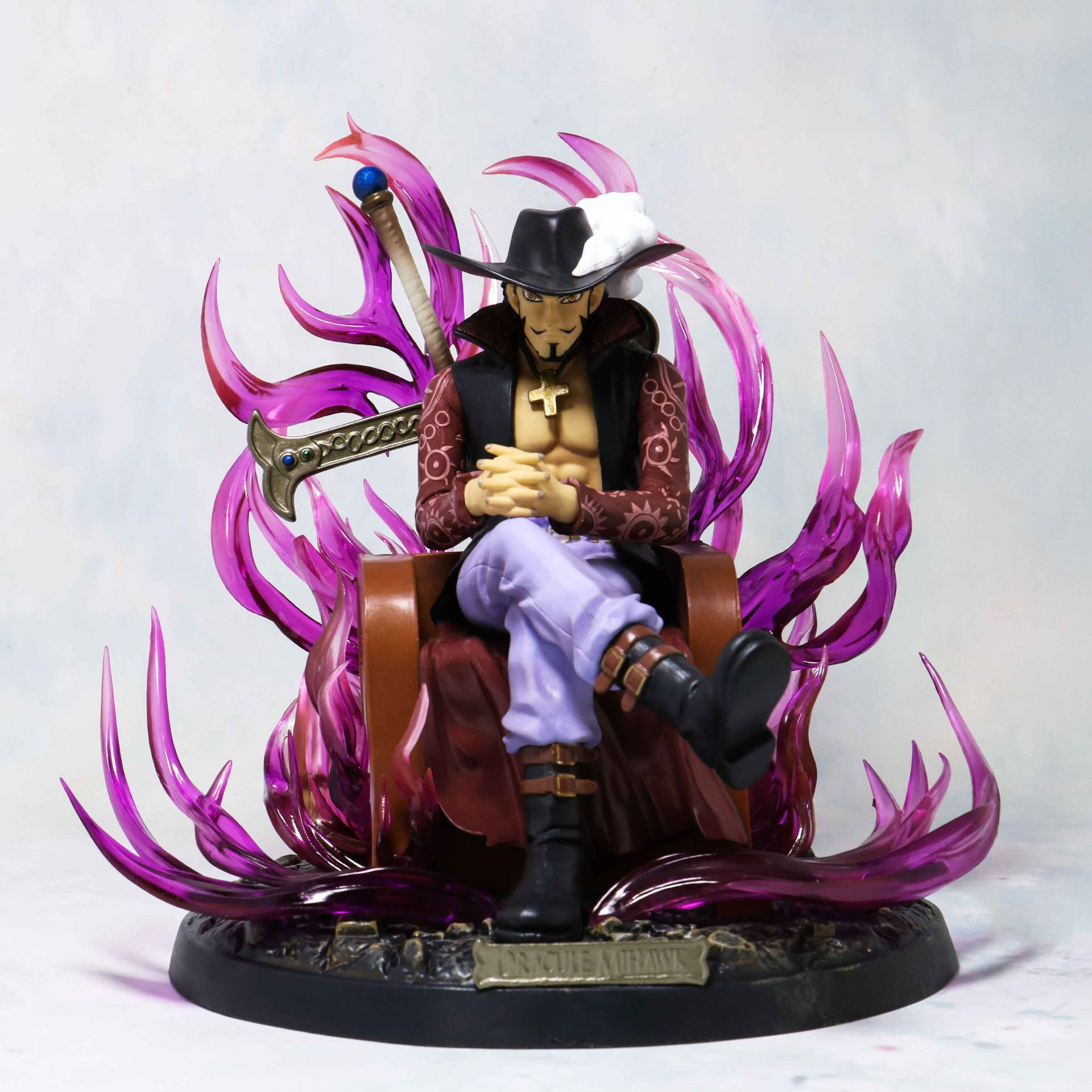 20cm Anime One Piece GK Dracule Mihawk Action Figure Collection Models Toys