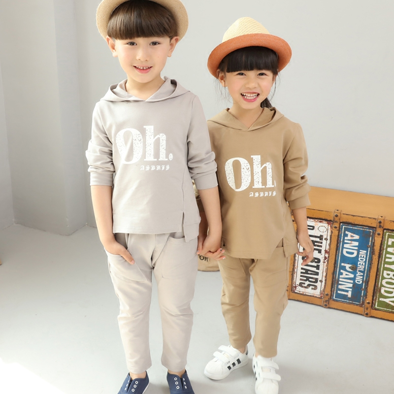 Children who dress suits in the spring and autumn the new children's clothing boy girl two-piece suits of spring clothing kimocat boy and girl high quality spring autumn children s cowboy suit version of the big boy cherry embroidery jeans two suits