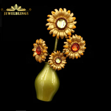 Vintage Style Metallic Sun Flowers Vase Brooches Gold Tone Crystal Deco Bouquet Floral Enameled Green Vase Pins Broach for Women