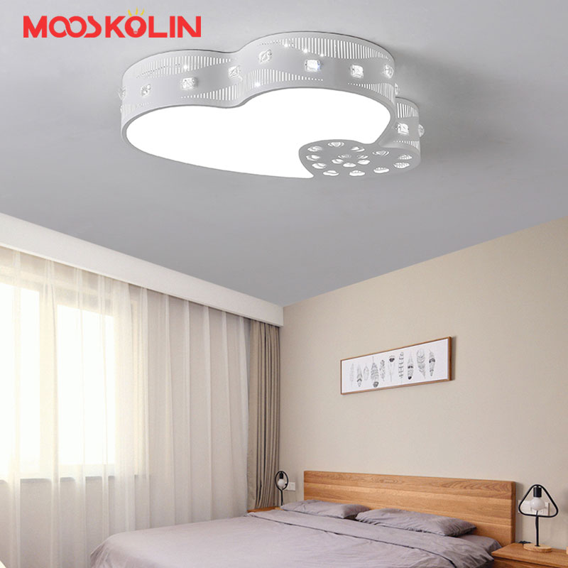 Creative Simple Modern Led Ceiling Lights White home decorative Bedroom Wedding Room Lamp remote controls AC90-265V home decors