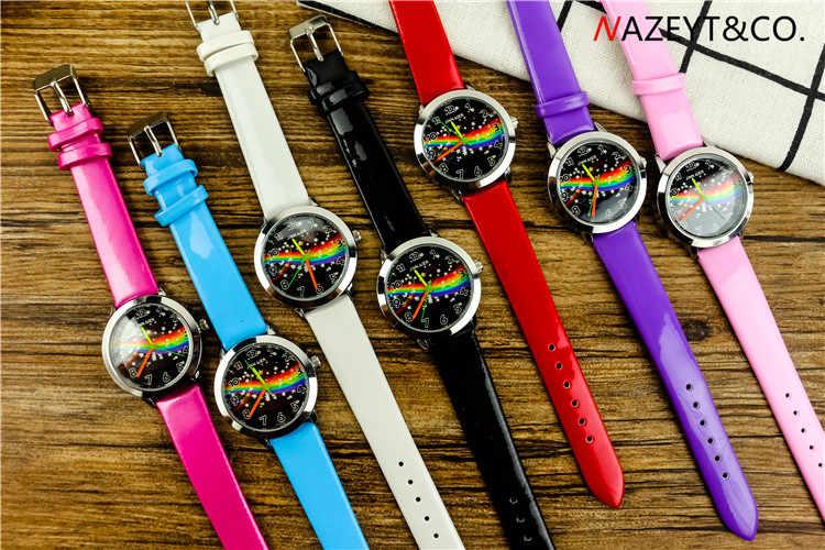 Бесплатная доставка; модные кожаные часы звездного неба для мальчиков и девочек; милые часы со звездами и радугой; маленькие и средние студенческие часы