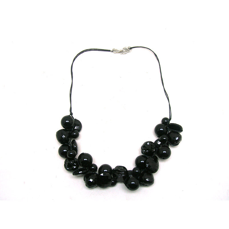 Dandie Black Acrylic Bead Fashion Necklace Jewelry Short Statement Necklace in Choker Necklaces from Jewelry Accessories