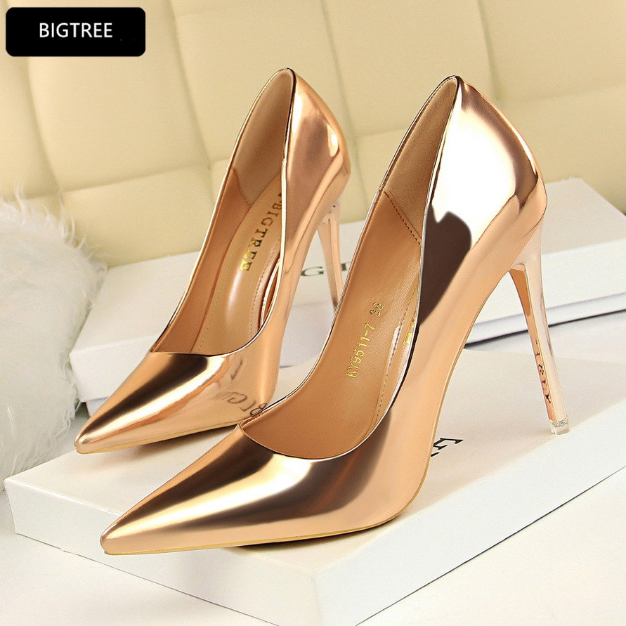 0a889545a96a Sexy Ultra Metal Thin Heel 10.5CM New Patent Leather Shoes Women Pumps 2018  Fashion High Heels Shoes For Ladies Wedding Party-in Women s Pumps from  Shoes on ...