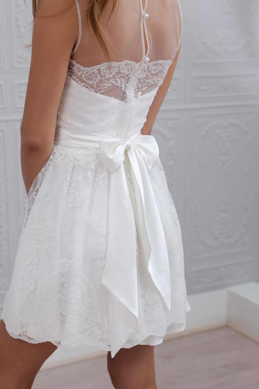 2019 New Designer A Line Short Mini Sheer Neck Sleeveless Lace Bohemian Beach Wedding Dresses Informal Boho Bridal Gown Sexy