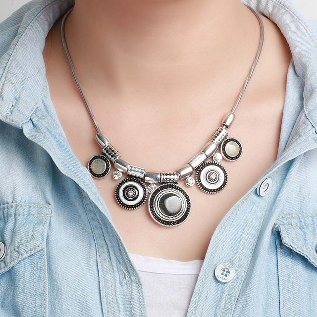 2018 New Choker Necklace Fashion Ethnic Collares Vintage Silver Color Colorful Bead Pendant Statement Necklace For Women Jewelry 4