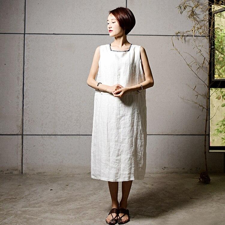 Смотреть бесплатно в белом платье без белья фото 601-190