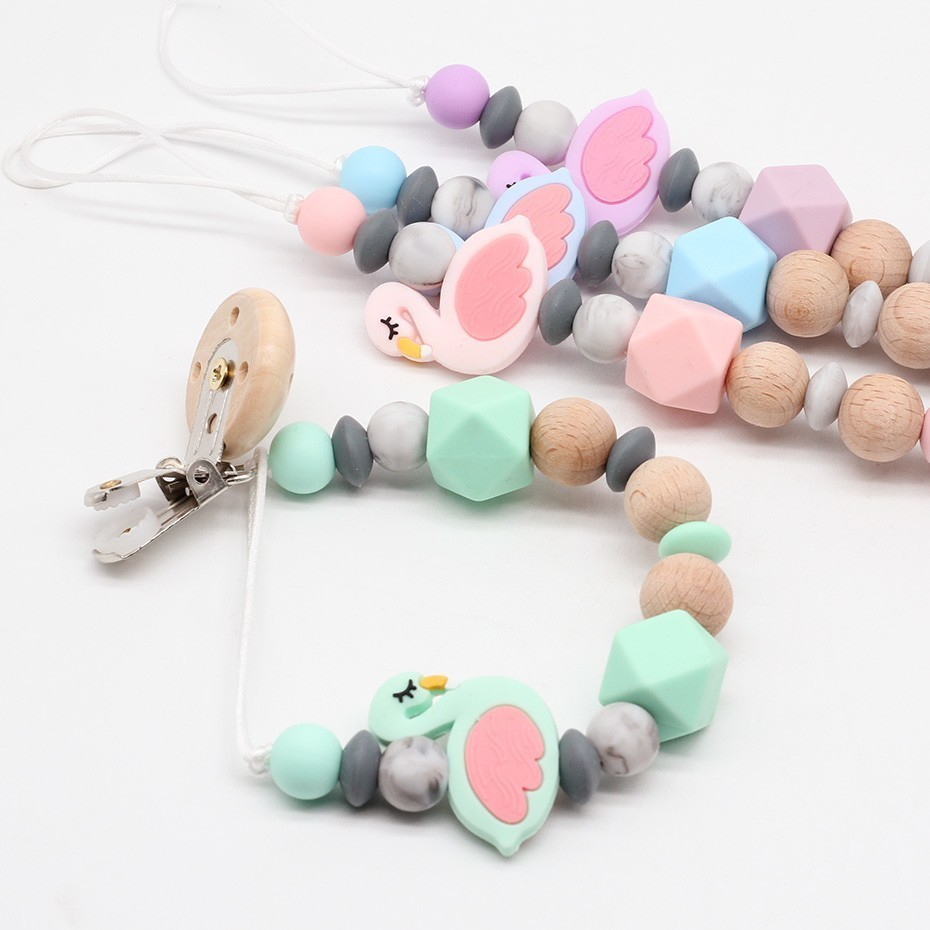 3 Baby Pacifier Clip Animal Shapes Wooden Clip for Dummy Pacifier Cord Chain