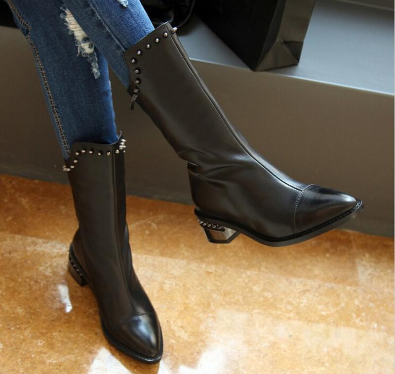 ФОТО motorcycle boots Genuine Leather Style Half Knee High Boots Rivet For Women Winter Thin Heels Shoes 34-39 platform Boots