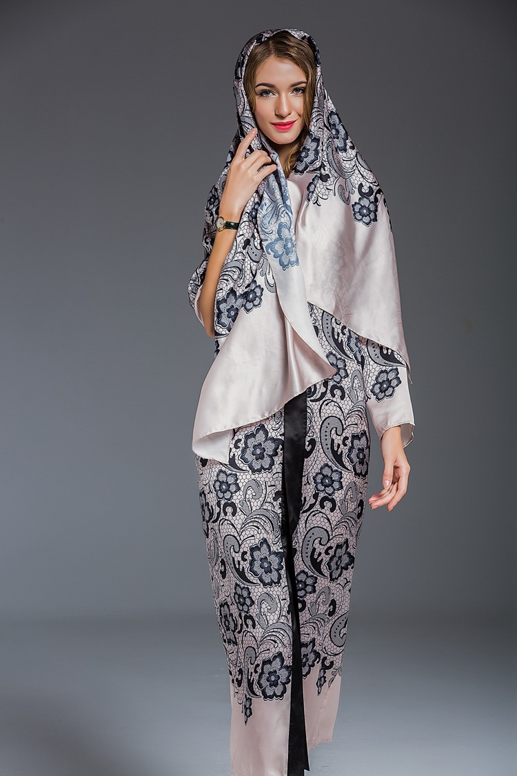 East clothes online