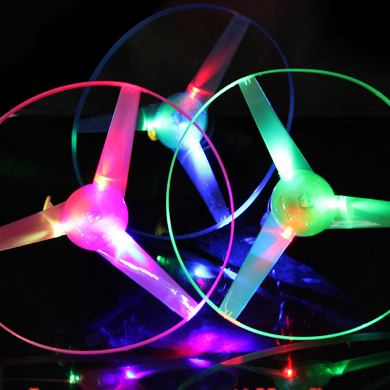 Outdoor Fun Sports Luminous UFO Park Special Flying Toys Flying Disk Flying Saucer Pull Line Flashing Flash