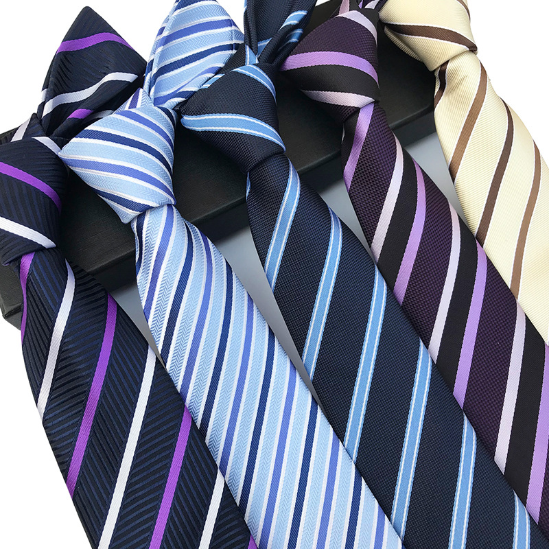 New Classic Silk Men Tie Plaid Striped Neck Ties 8cm Navy Blue Ties For Men Formal Wear Business Suit Wedding Party Gravatas