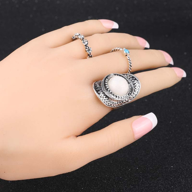 Artificial Sapphire silver plated rings complect