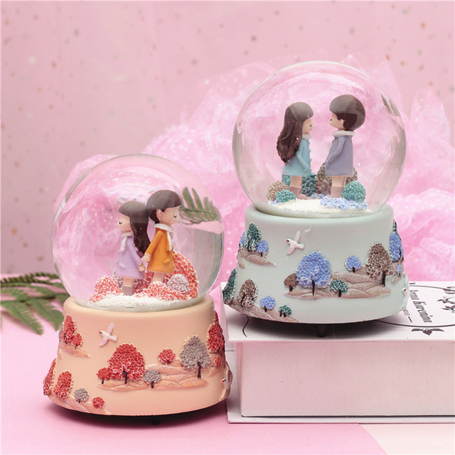Coral With Light Couple Glass Crystal Ball Music Box New Year'S Gift Valentine'S Day Romantic Christmas Gifts Home Desktop Decor
