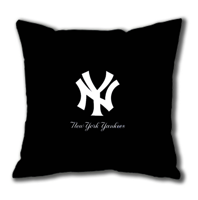 New York Yankees Logo On Black Square Pillow Case In Bedding Pillows