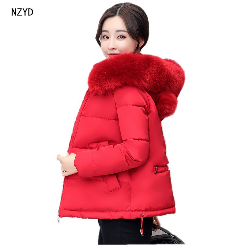 Women Winter Parkas 2017 New Fashion Hooded Thick Super warm Short Cotton Jacket Down Solid color Loose Big yards Coat LADIES255 2017 new winter fashion women down jacket hooded thick super warm medium long female coat long sleeve slim big yards parkas nz18