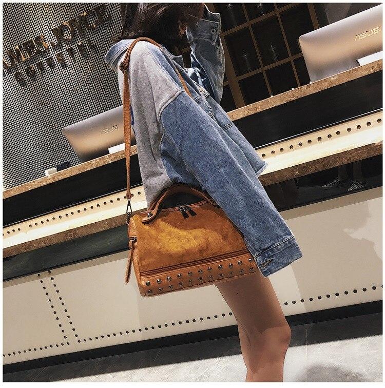 Vintage Rivet women Handbag Matte leather Boston Big Tote bag Winter new Shoulder Bags for Women Messenger Bag Blosa Sac (16)